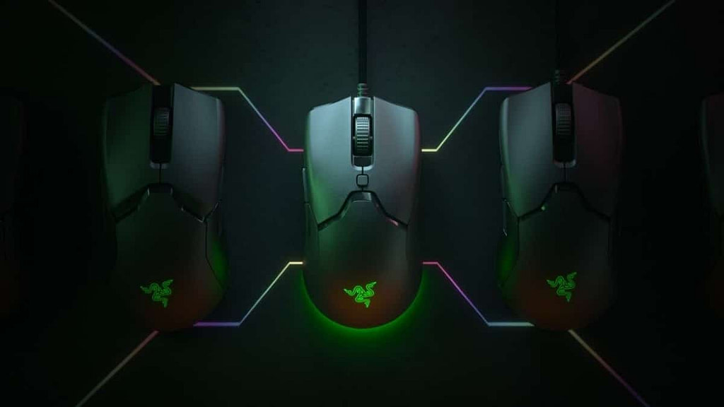 The Razer Viper Mini in a cross-section of light and dark with RGB illumination